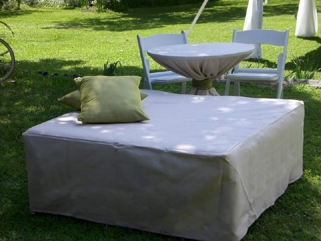Where to find OTTOMAN, 4X4 W COVER in Fairfield